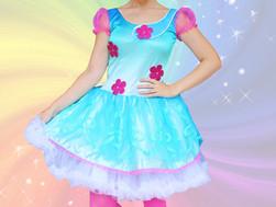 Host a Terrific Trolls Party with Princess Poppy!