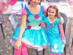 Trolls Princess Poppy Parties! INSIDE LOOK!