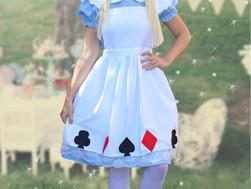 WONDERFUL THEME IDEA! Alice in Wonderland