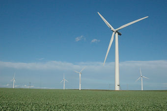 Wind_turbine_Holderness.jpg