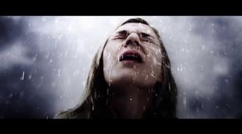 Gina-bändin Hush musiikkivideo