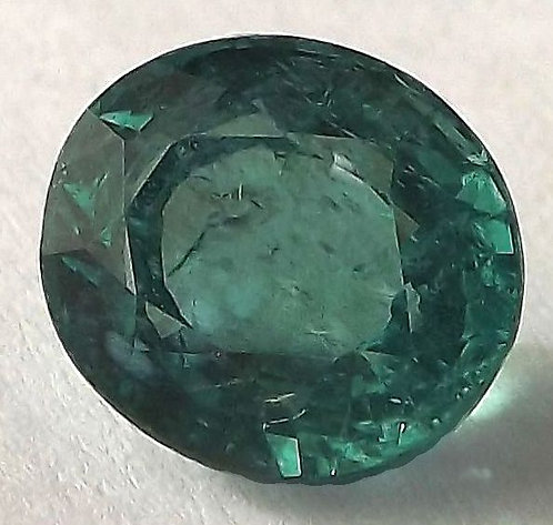 Apatita Verde Neon Natural - 9.50 x 8.00mm - Oval C/ 3.80 Cts