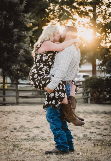 The Engagement Session -20.JPG