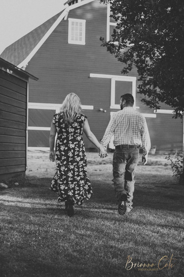 The Engagement Session -15.JPG