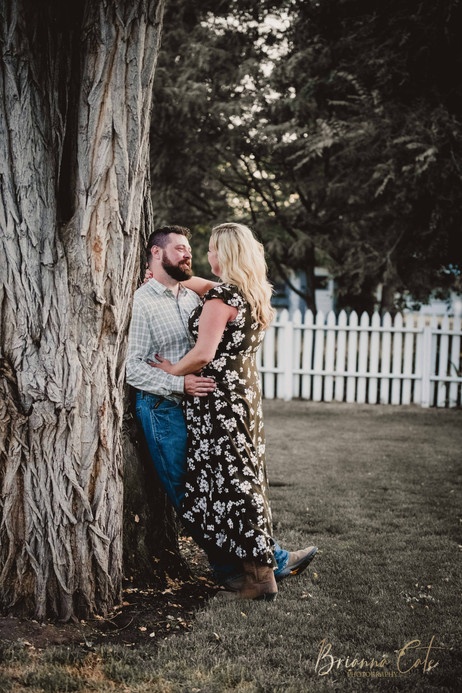 The Engagement Session -32.JPG