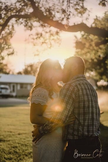 The Engagement Session -8.JPG
