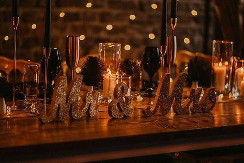 Mr & Mrs Deko Buchstaben 3D gold
