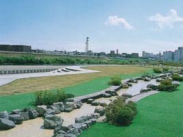 札幌市・豊平川緑地造成工事