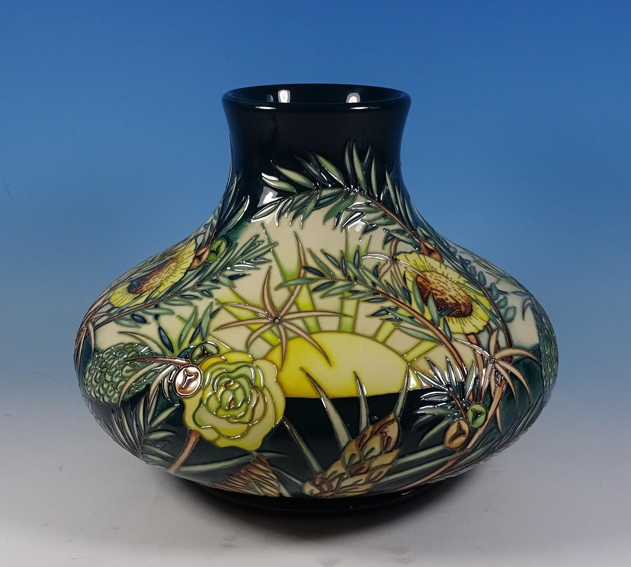 MOORCROFT Designer Score Amazon Dawn 32/10 Vase Nicola Slaney 1st RRP £1630