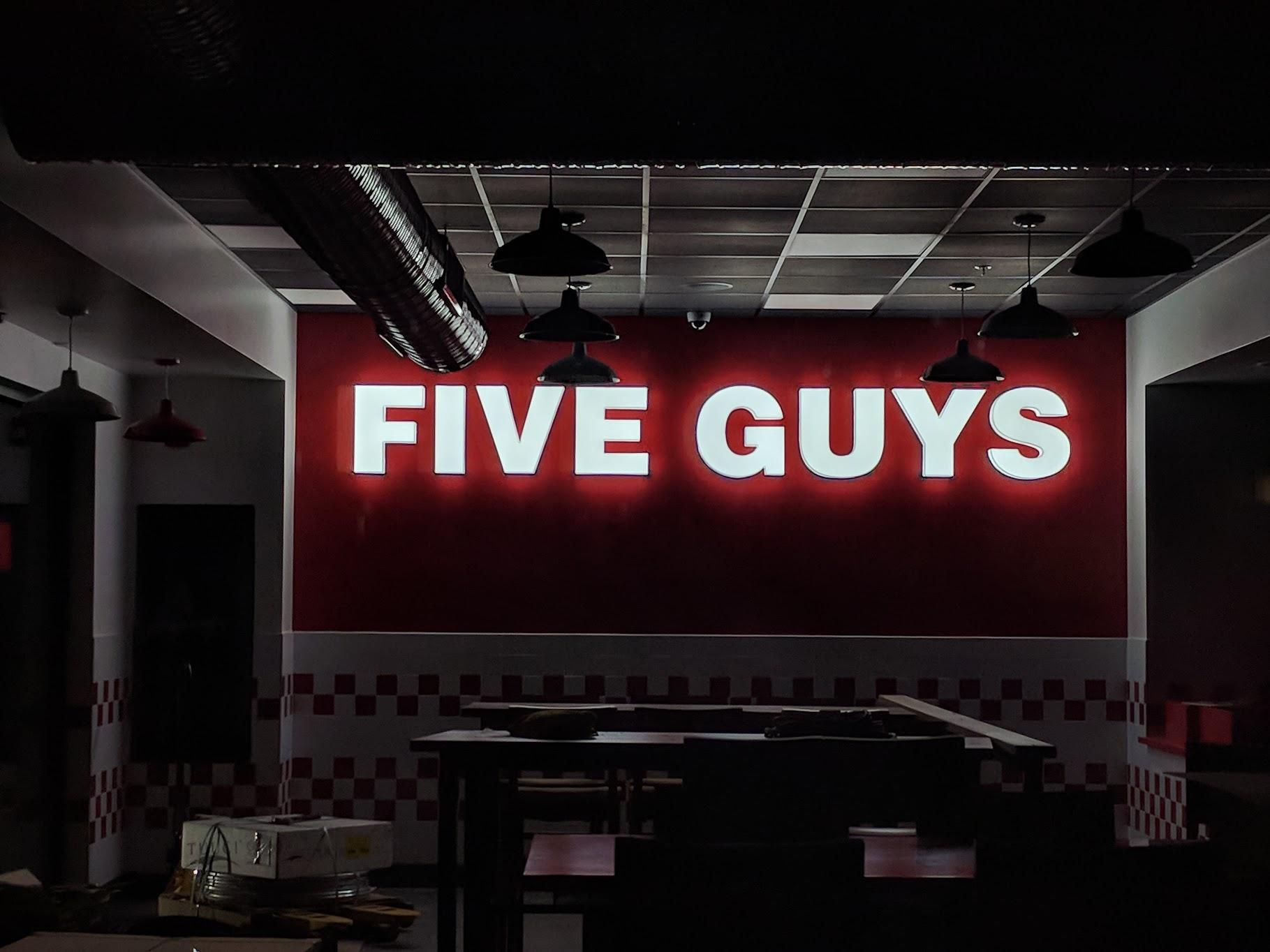 Five Guys-SLO--Lit Up.jpg