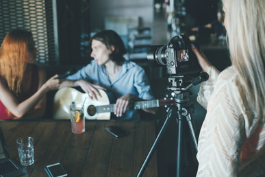 צילום 3 קליפים מקצועיים באולפן - לזמרים ולנגנים