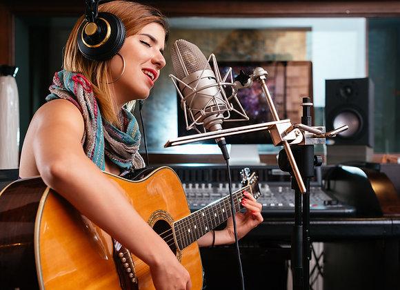 שובר מתנה - הקלטת שירה וגיטרה באולפן - קאבר