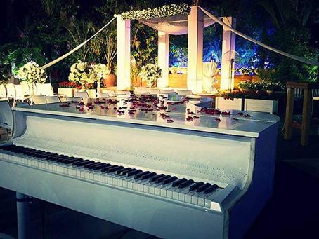 נעימות הפסנתר כנף באירוע - השחמט של האטרקציות לחתונה