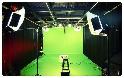 אולפן מסך ירוק גרין סקרין כרומקי להפקות וידאו