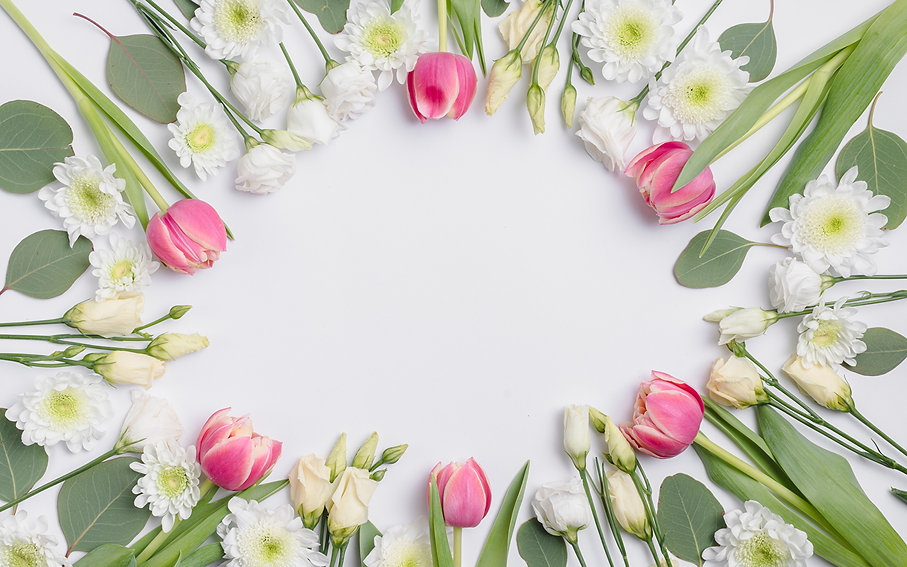 Tulips_Eustoma_Chrysanthemums_White_back