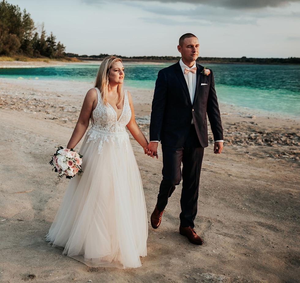 sesja ślubna na jeziorem