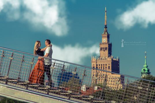 sesja narzeczeńska, sesja panieńska, sesja przed ślubem, zdjęcia przed ślubem, zakochani, sesja fotograficzna, sesja na dachu, sesja foto Warszawa, pierścionek zaręczynowy,  sesja w parku, sesja na plaży, sesja w lesie