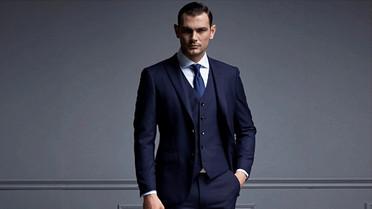Fashion-Design-Man-Business-Suits-Italia