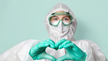 medical-worker-safety-glasses-mask-suit-