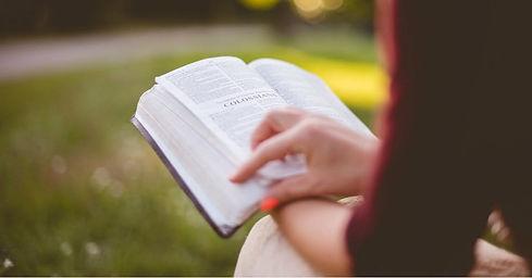 41585-Biblereading-colossians-pexels-pho