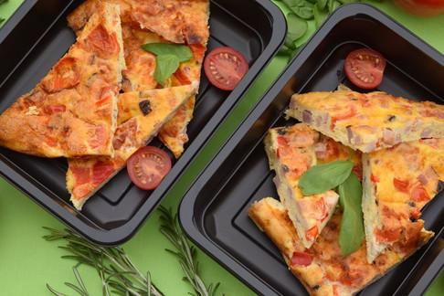 Vaječná frittata se slaninou a zeleninou