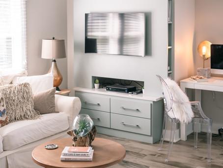 Interior Design on a Budget : Part 1 (Living + Kitchen)