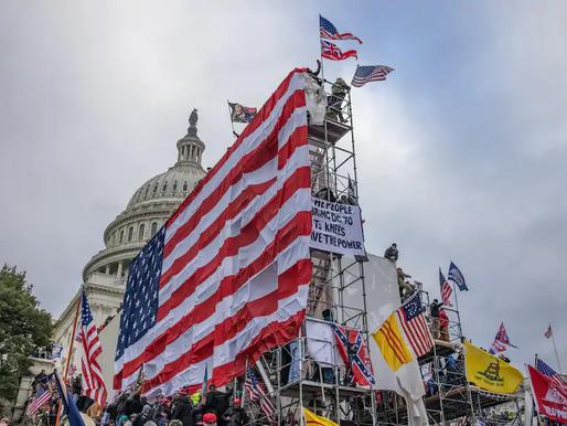 Lý do lá cờ Việt Nam Cộng hòa tung bay giữa bạo loạn