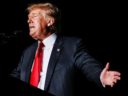 Donald Trump kiện cáo để ngăn chặn việc công khai hồ sơ về cuộc bạo loạn điện Capitol