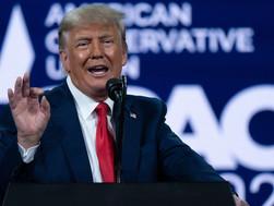 Trump có thể sẽ ra tranh cử vào năm 2024; lệnh cấm của Facebook khiến đảng CH phẫn nộ