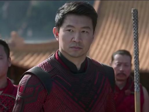 Ngôi sao 'Shang-Chi' Simu Liu đáp trả lại CEO Disney vì gọi phim là ' một cuộc thử nghiệm'