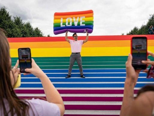 Tháng Tự Hào LGBT 2021: Lược Sử, Sự Kiện, và Lịch Diễu Hành