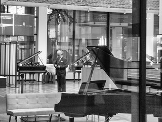 Steinway Piano showroom, 6th Avenue, October 2018