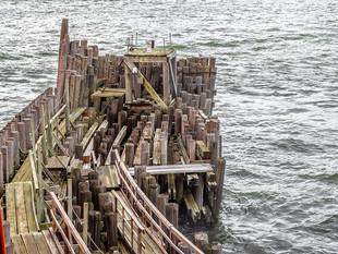 Old ferry pier, Manhattan, October 2018