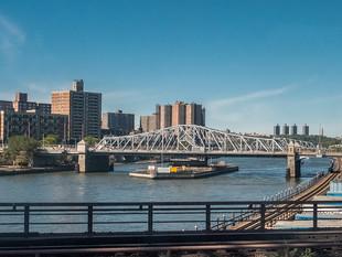 Crossing the Harlem River at 135th Street, September 2019