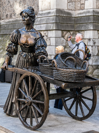 Molly Malone statue, September 2019