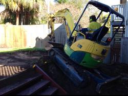 earthmoving contractors, hire,earthm