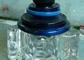 Keepsake holder-blues top