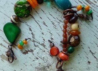 "Mixed beaded 7.5"" bracelet"