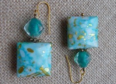Back to the 60's aqua and gold drop earrings.