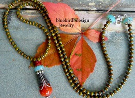 Gorgeous orange agate drop necklace.