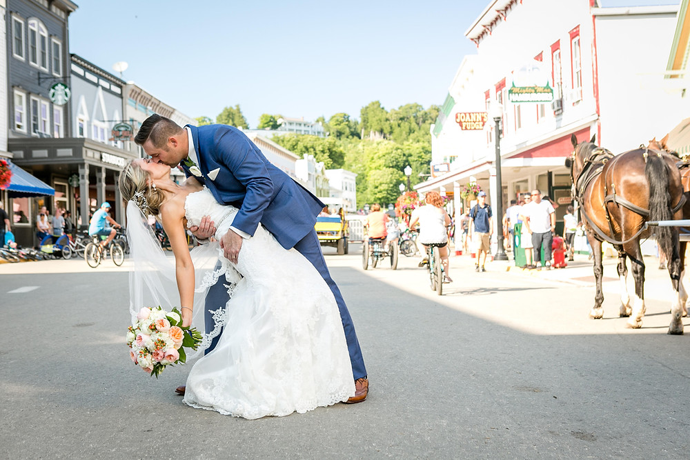Mackinac-island-main-street-wedding-andrejka-photography