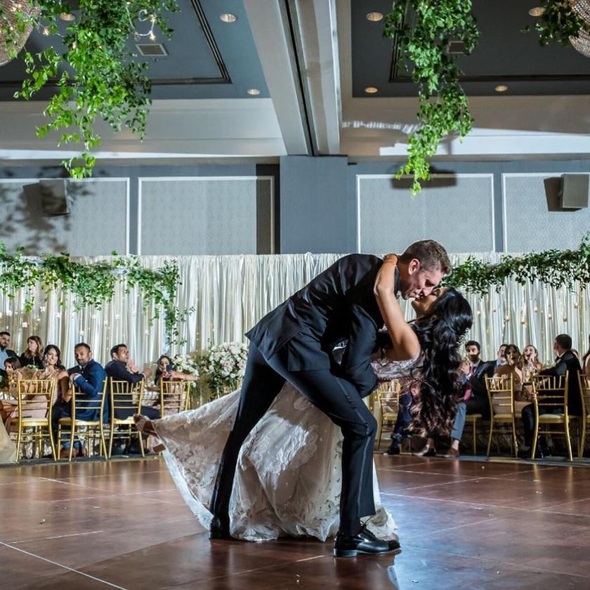 enchanted-romantic-sikh-jewish-wedding-the-dearborn-inn