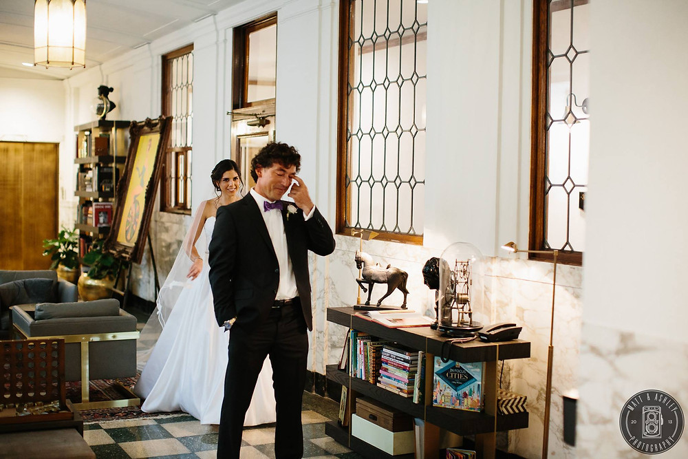 matt-and-ashley-photography-detroit-wedding-first-look