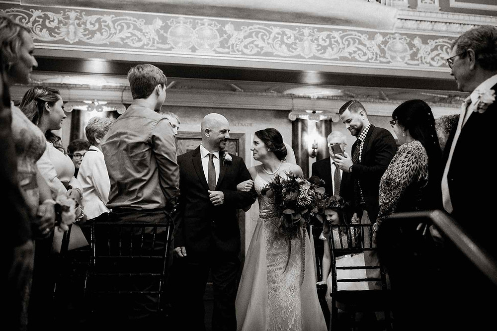 Detroit-opera-house-wedding-ceremony