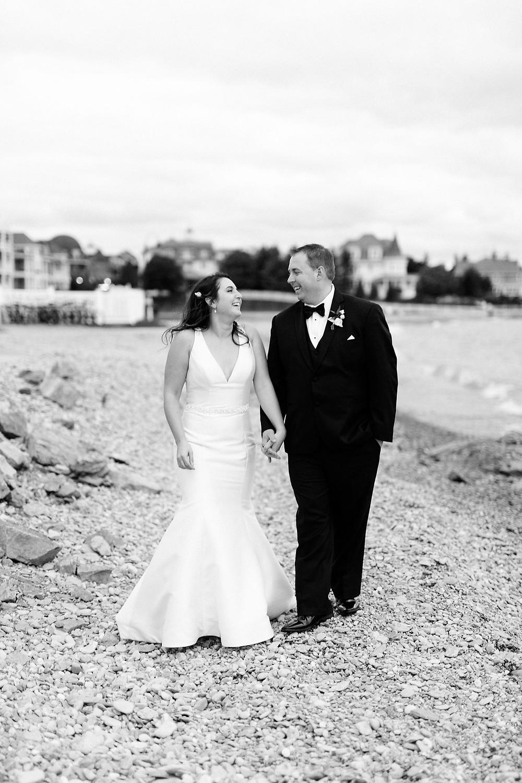 Breanne-rochelle-photography-northern-michigan-wedding-couple-photos