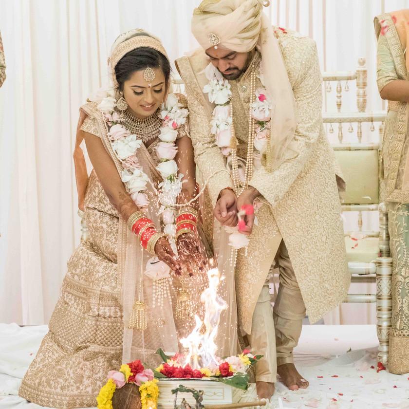 novi-sheraton-hotel-classic-hindu-gujarati-wedding