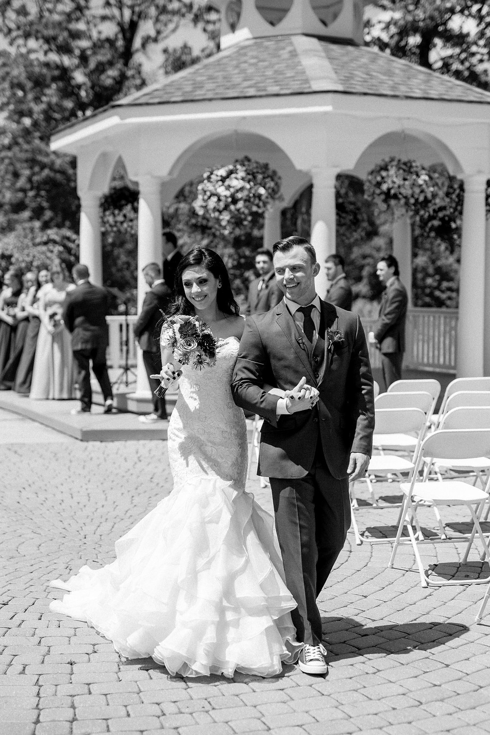 Erika-christine-photography-outdoor-ceremony