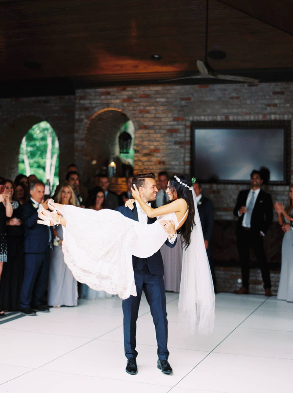 K-R-Moreno-Photography-first-dance