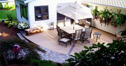 Low patio w/design detail