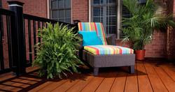 Color contrast rail/deck